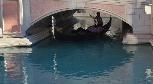 Las vegas boat gondola.