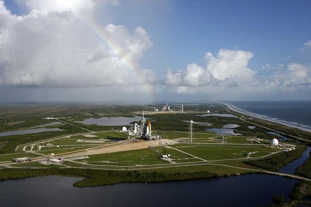 Launch pad rocket launch rocket, science technology.