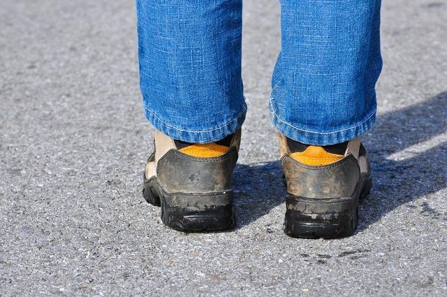 Legs road shoes, transportation traffic.