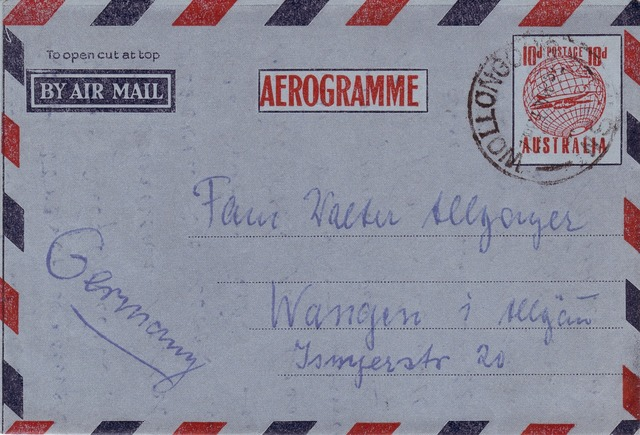 Letters air mail envelope.