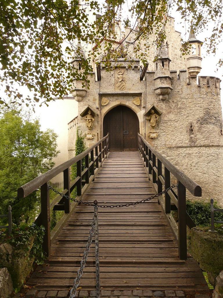 Lichtenstein bridge drawbridge.