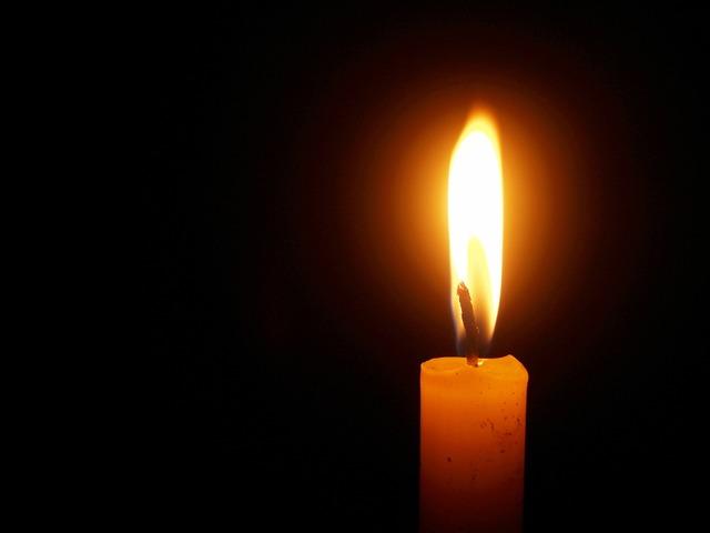 Light death memorial, emotions.