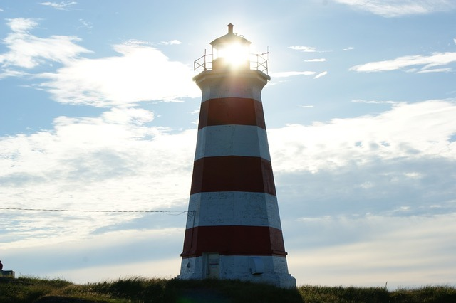 Lighthouse alert guidepost, travel vacation.