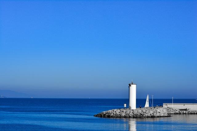 Lighthouse breakwater mooring.