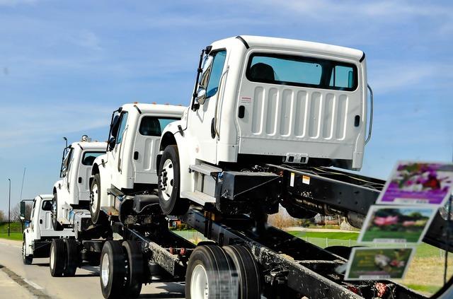 Load heavy truck, transportation traffic.