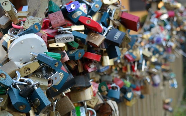 Lock love padlock, emotions.