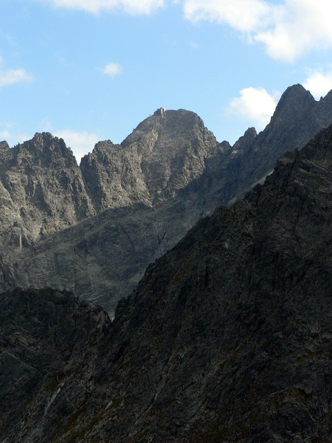 Lomnicky peak mountains vysoké tatry.