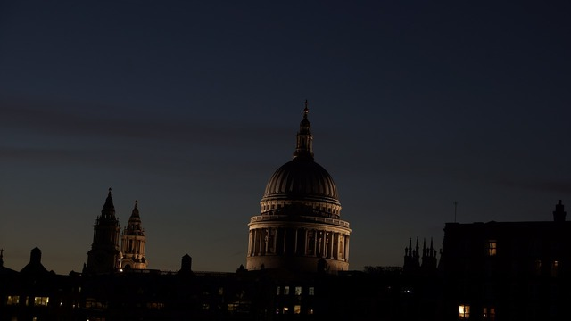 London cupola dome, religion.