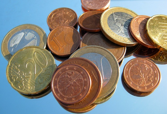 Loose change penny coins.