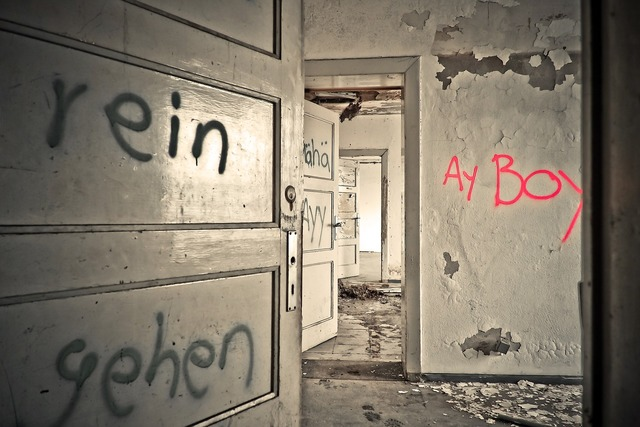 Lost places rooms leave, architecture buildings.
