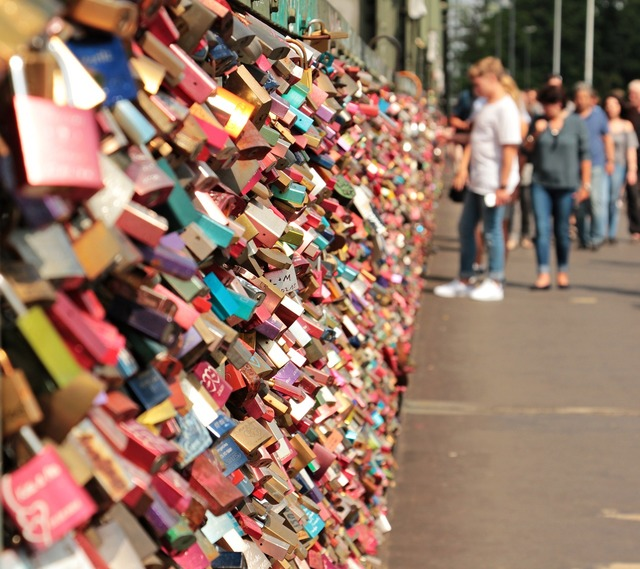 Love castle hohenzollern bridge love locks, emotions.