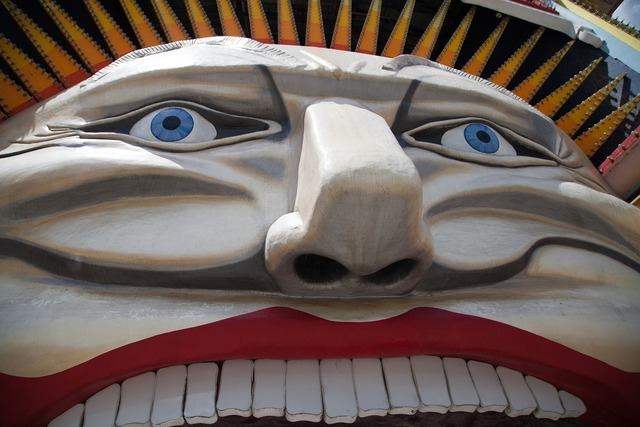 Luna park face smile, emotions.