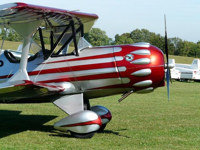 M17 aircraft aerobatics.