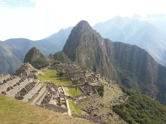 Machu pichu peru mountains.