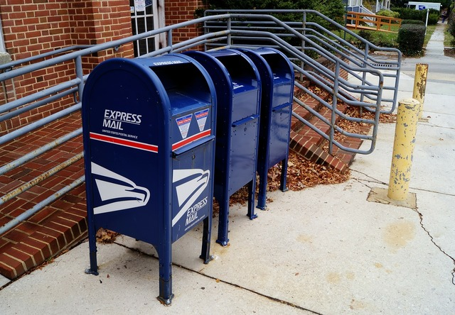 Mailboxes mail us mail.