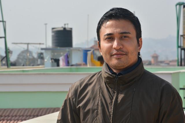 Male portrait nepal, emotions.