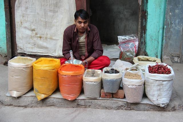 Man seller indians, people.