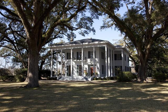 Mansion historic landmark, places monuments.