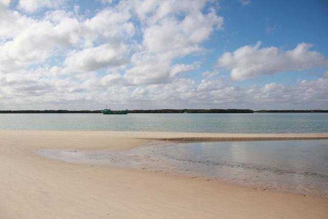Mar salt beach, travel vacation.