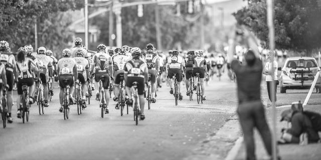 Marathon bikers triathlon, transportation traffic.