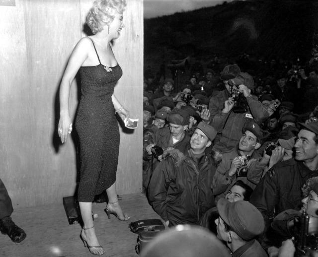 Marilyn monroe celebrity woman, beauty fashion.
