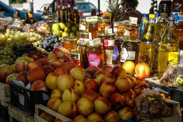 Market fruit pomegranates, food drink.