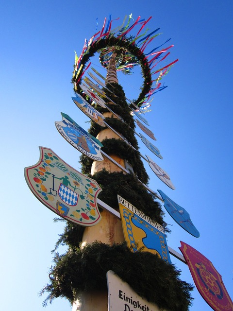Maypole 1 may 1.