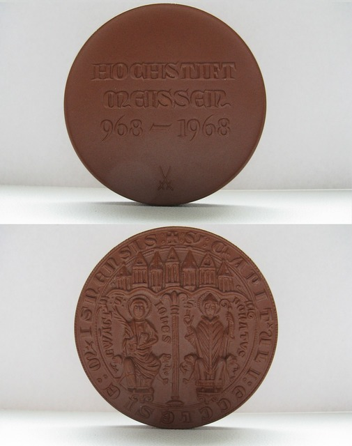 Medal meissen porcelain.