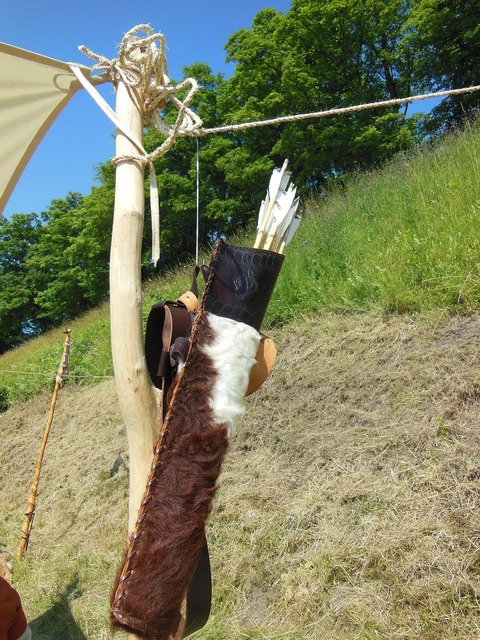 Medieval arrow quiver leather, places monuments.
