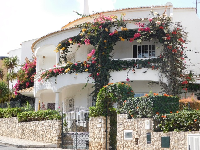 Mediterranean house holiday home portugal.