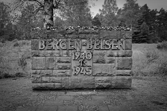 Memorial belsen mountains holocaust, places monuments.