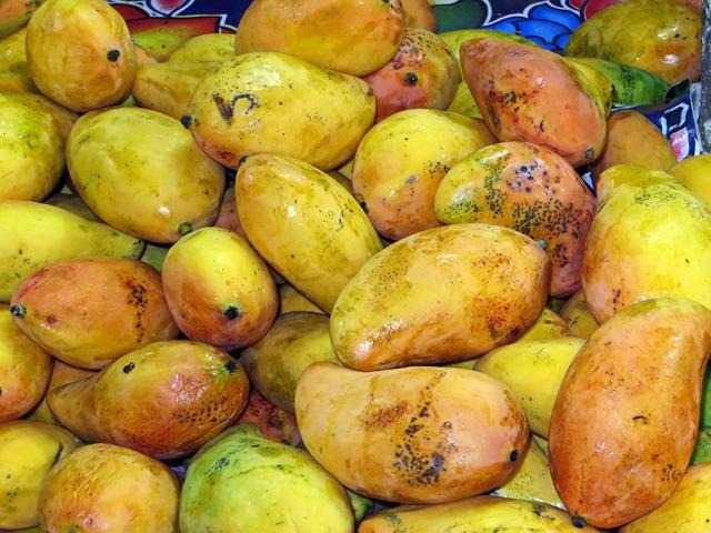 Mexico mango market, food drink.