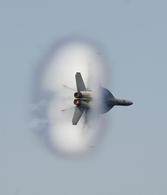 Military jet flight flying.
