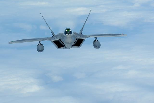 Military raptor f-22 jet.
