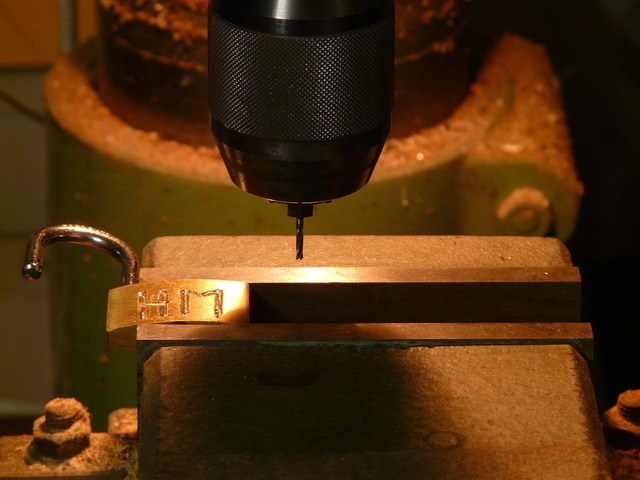 Milling machine drilling drill, emotions.