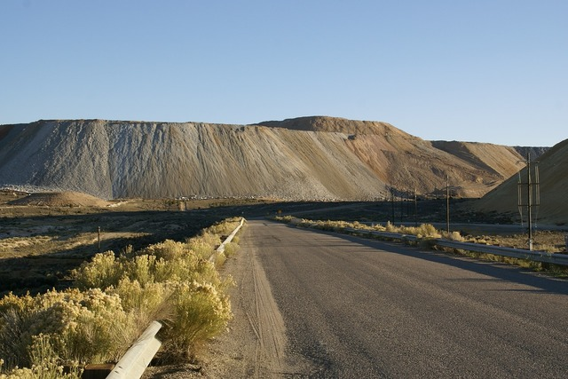 Mine tailings nevada, transportation traffic.