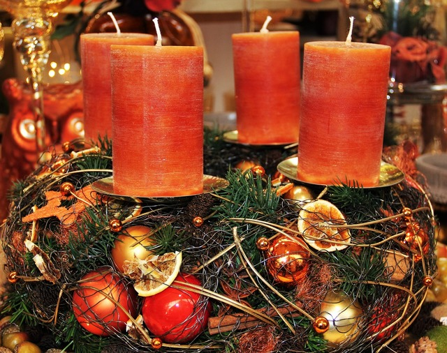 Modern advent wreath candles brown tones.