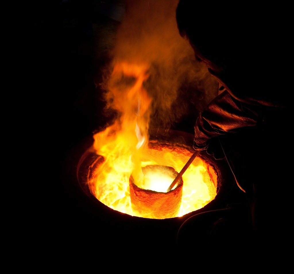 Molten metal crucible melting, industry craft  - PICRYL Public