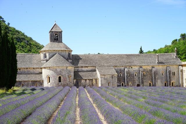 Monastery abbey notre dame de sénanque, religion.