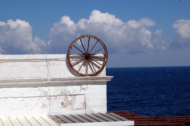 Monument sea round, architecture buildings.