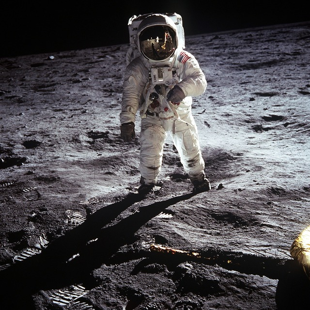 Moon landing apollo 11 nasa, science technology.