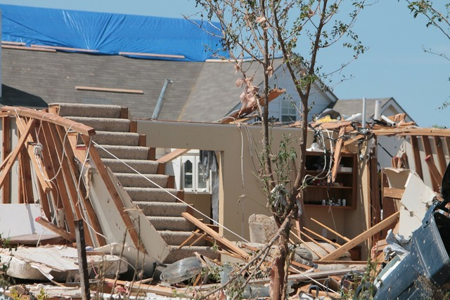 Moore oklahoma tornado, architecture buildings.