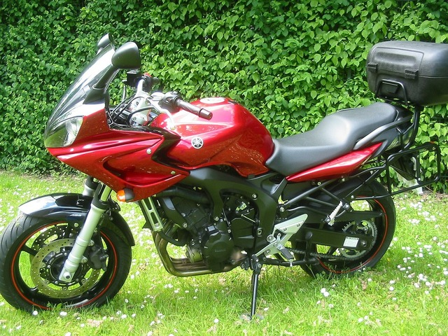 Motorcycle facer red motorcycle.
