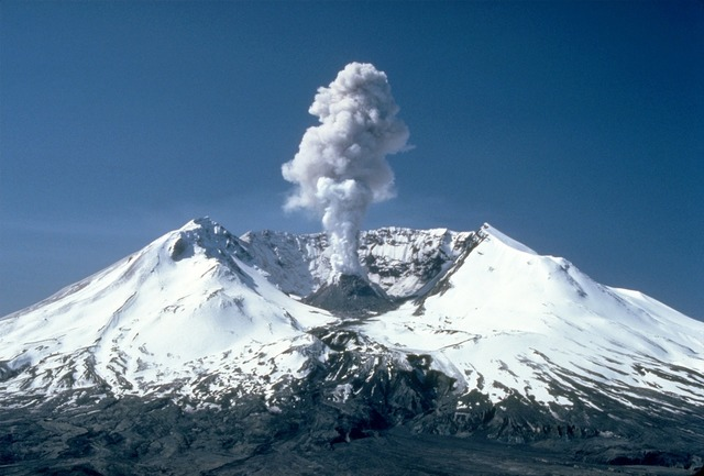 Mount st helens volcanic eruption eruption, nature landscapes.