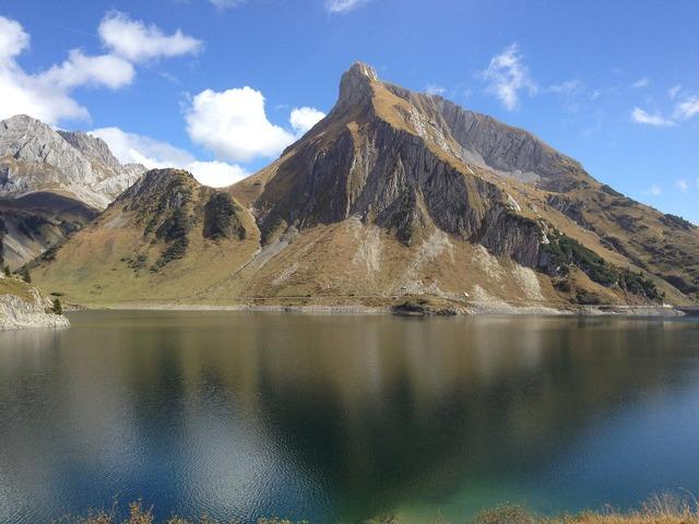 Mountain mountains mountain lake, nature landscapes.