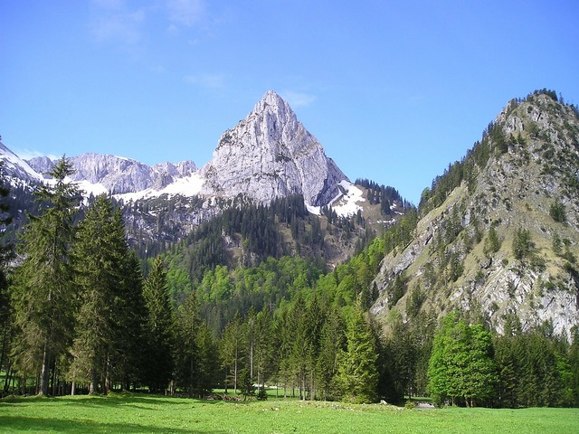 Mountains alpine geiselstein.