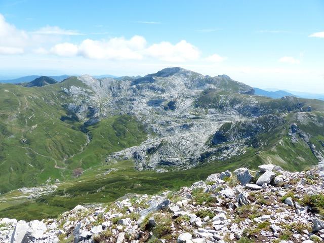 Mountains monte mongioie cima della saline, nature landscapes.