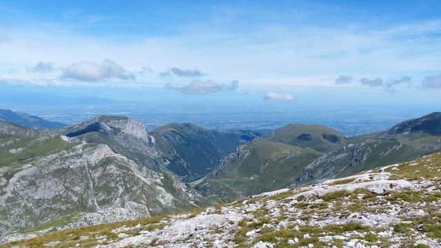Mountains po valley cima della saline, nature landscapes.