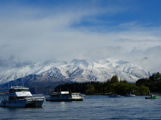 Mountains snow otago.