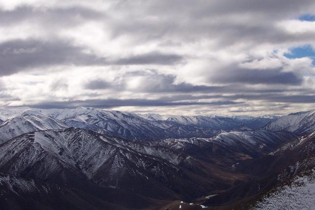 Mountains snow queenstown.